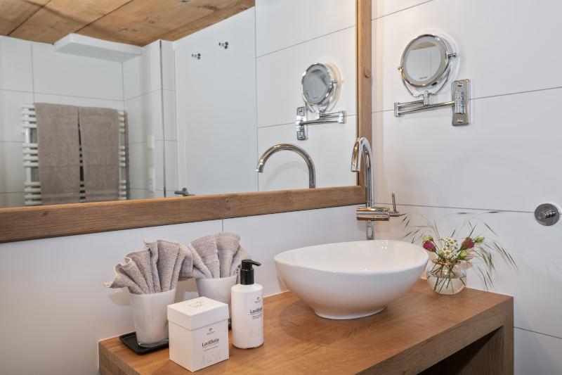 Hotel im Appenzell - Boutique Hotel Bären Gonten - Doppelzimmer originell, Bad
